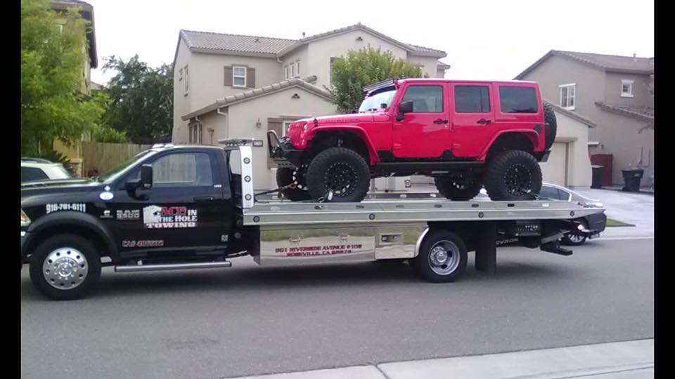 Towing service by Ace in the Hole Towing is available 24 hours a day, 365 days per year. Our fleet of flatbed tow trucks are always ready to help with all roadside emergencies.