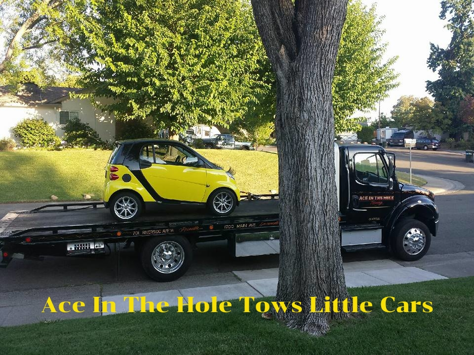 Big car or little car, our tow trucks will make your car smile the ride is so smooth. When you need help with a bad tire or a bad battery, our expert tow drivers can solve the problem.