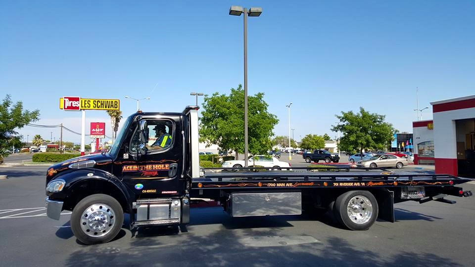 When you call Ace in the Hole Towing, you get the best tow trucks in the business. We have dispatchers standing by to help, and drivers who are ready to get you the help you need.